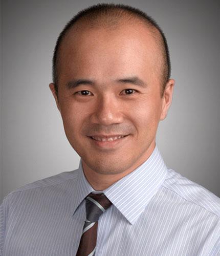 Tan Jinjay (Managing Partner)